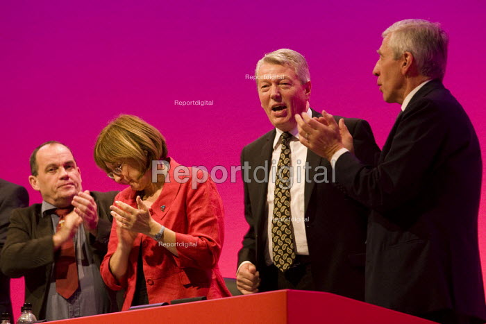 Alan Johnson MP. Labour Party Conference 2009. Brighton. - Jess Hurd - 2009-09-29
