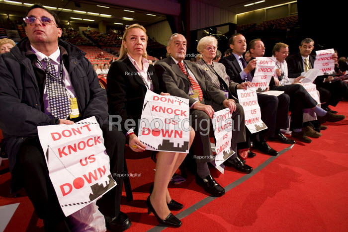 Housing campaigners. Labour Party Conference 2009. Brighton. - Jess Hurd - 2009-09-29