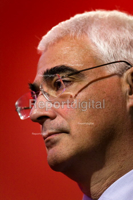 Alistair Darling MP. Labour Party Conference 2009. Brighton. - Jess Hurd - 2009-09-29