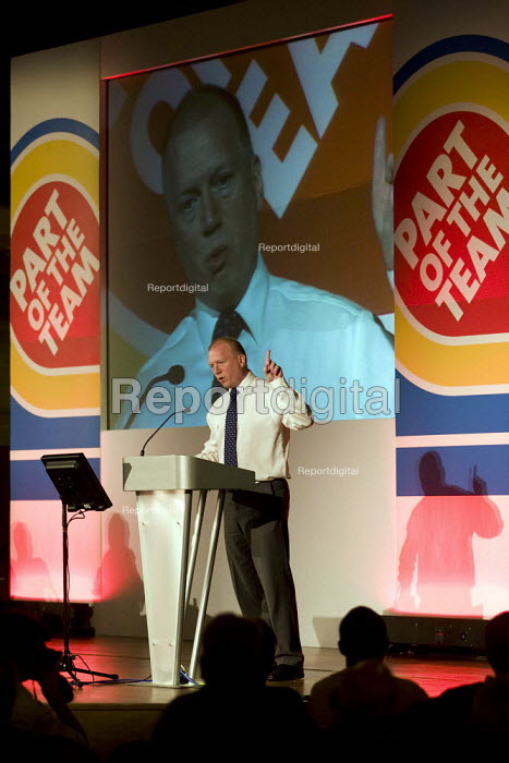 Matt Wrack. FBU national rally and lobby of parliament against the closure of emergency fire control rooms and in support of striking Yorkshire firefighters. London. - Jess Hurd - 2009-10-21