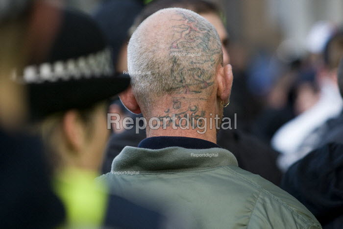 Tattoed neck. English Defence League march in Leeds - Jess Hurd - 2009-10-31