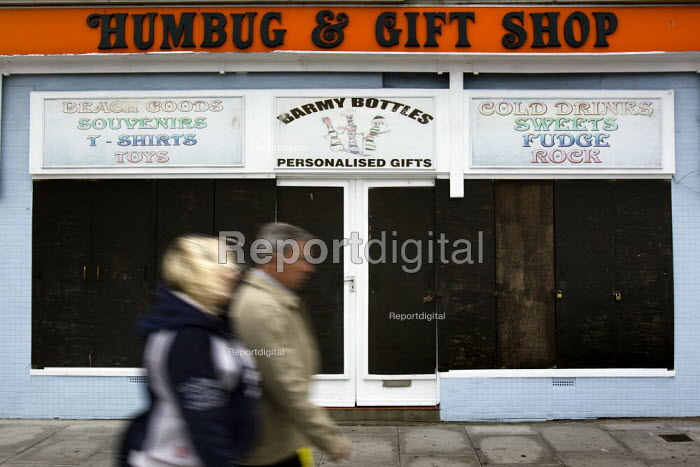 The closed Humbug and Gift Shop, Hastings. - Jess Hurd - 2009-10-05