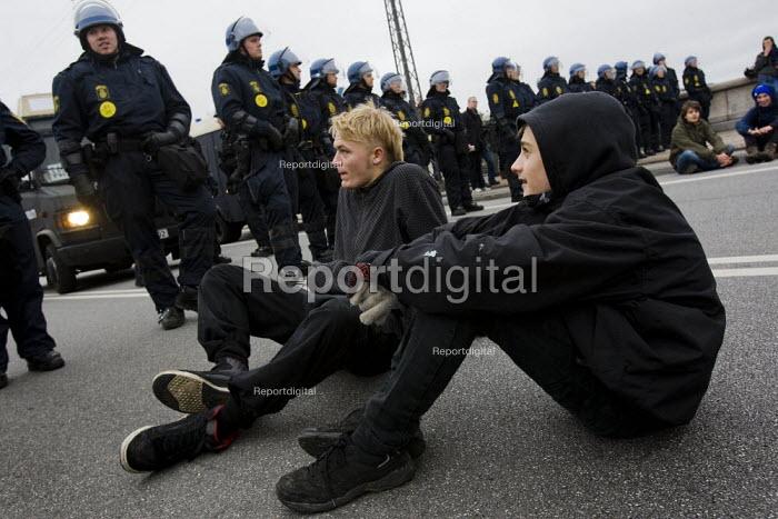 Protests against COP15 United Nations Climate Change Conference, Copenhagen 2009, Denmark. - Jess Hurd - 2009-12-11