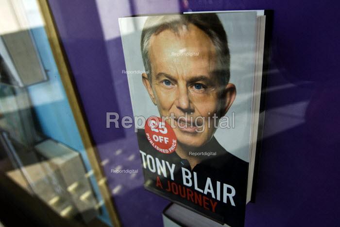 Tony Blair, A Journey memoirs on sale, his autobiography - Jess Hurd - 2010-09-18