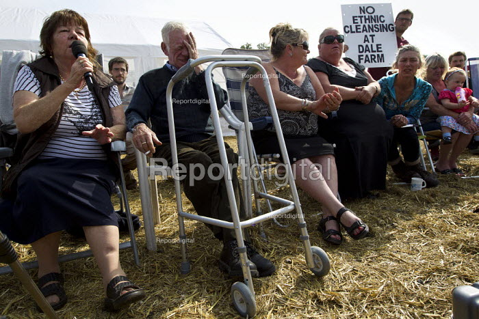 Travellers from Dale Farm and their supporters from Camp Constant hold a press conference. Basildon, Essex. - Jess Hurd - 2011-09-02