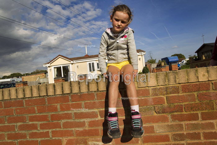 Mariah Sheridan. Travellers from Dale Farm ahead of the planned eviction by Basildon Council. Essex. - Jess Hurd - 2011-09-15