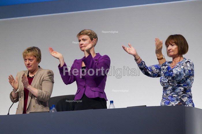 Angela Eagles. Yvette Cooper and Tessa Jowell MP. Labour Conference, Liverpool 2011. - Jess Hurd - 2011-09-28