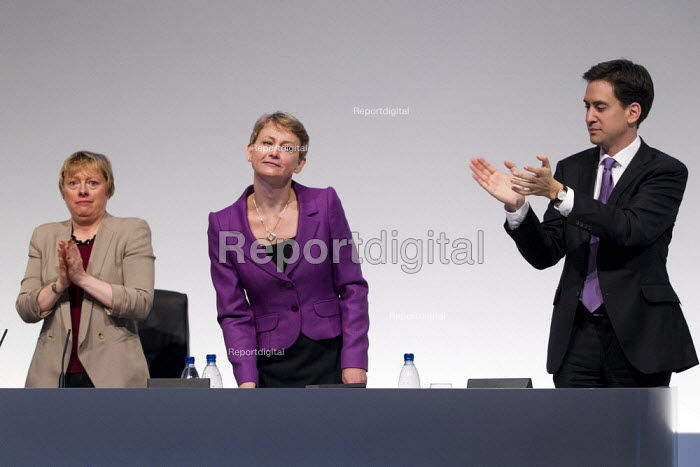 Ed Miliband and Angela Eagles MP applauding Yvette Cooper MP. Labour Conference, Liverpool 2011. - Jess Hurd - 2011-09-28