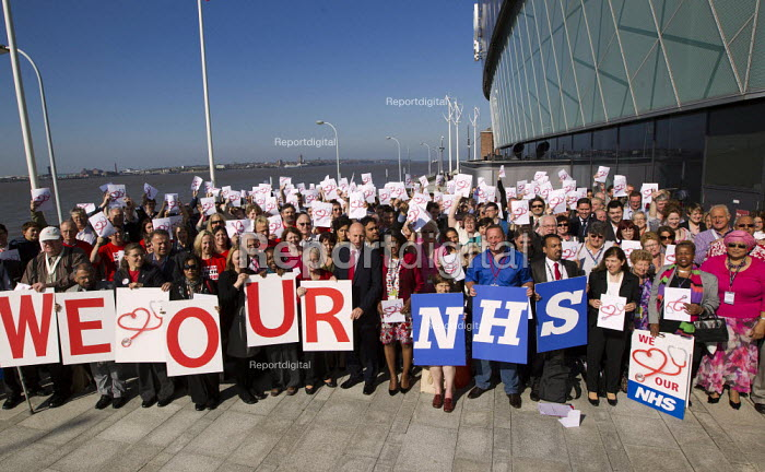 We Love Our NHS campaign. Labour Conference, Liverpool 2011. - Jess Hurd - 2011-09-28