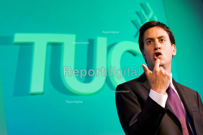 Ed Miliband MP speaking at TUC Congress London 2011 - Jess Hurd - 2011-09-13