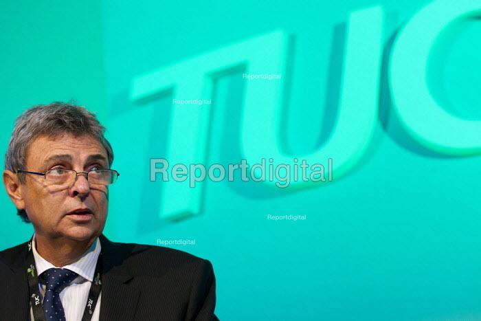 Dave Prentis Unison speaking. TUC 2011 London. - Jess Hurd - 2011-09-14