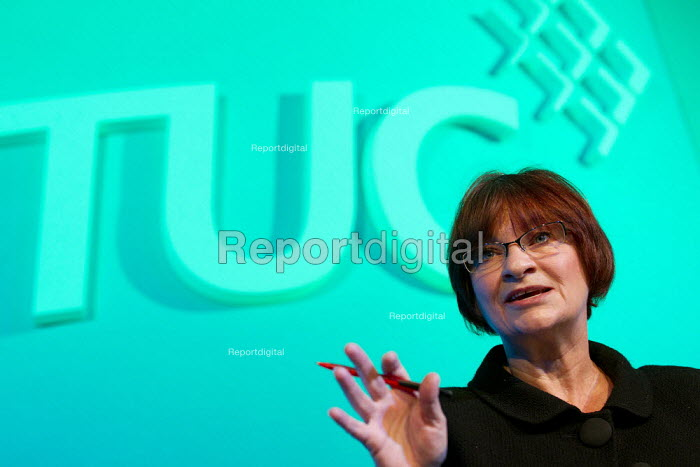 Christine Blower NUT speaking TUC 2011 London. - Jess Hurd - 2011-09-14