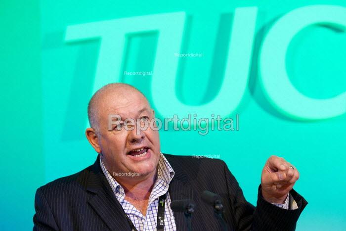 Dave Ward CWU speaking TUC 2011 London. - Jess Hurd - 2011-09-14