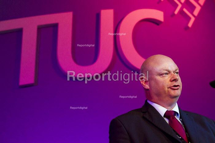 Steve Gillan POA. TUC London. - Jess Hurd - 2011-09-12