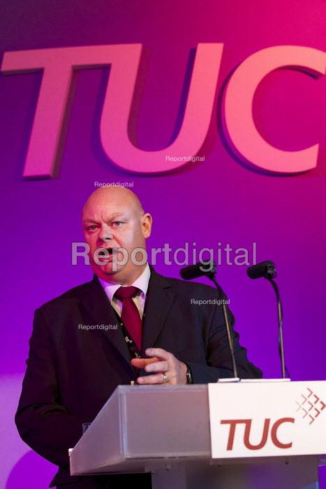 Steve Gillan POA. TUC 2011 London. - Jess Hurd - 2011-09-12