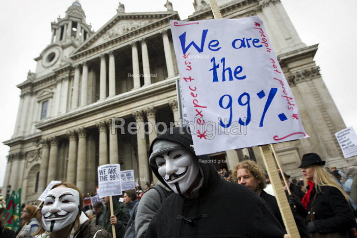 We are the 99%. General Assembly at St Paul's Cathedral before Occupy LSX march to Parliament. London. - Jess Hurd - 2011-11-05
