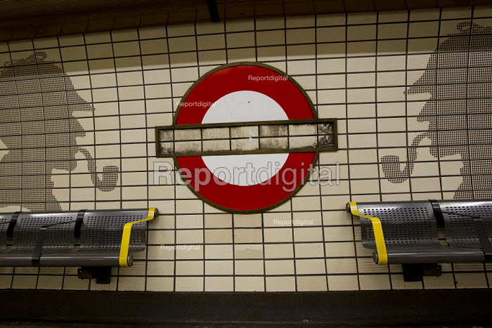 Baker Street platform sign has been stolen. The street is famous for its connection to the fictional detective Sherlock Holmes, shown in silhouette. Baker Street London Underground railway station. - Jess Hurd - 2012-01-25