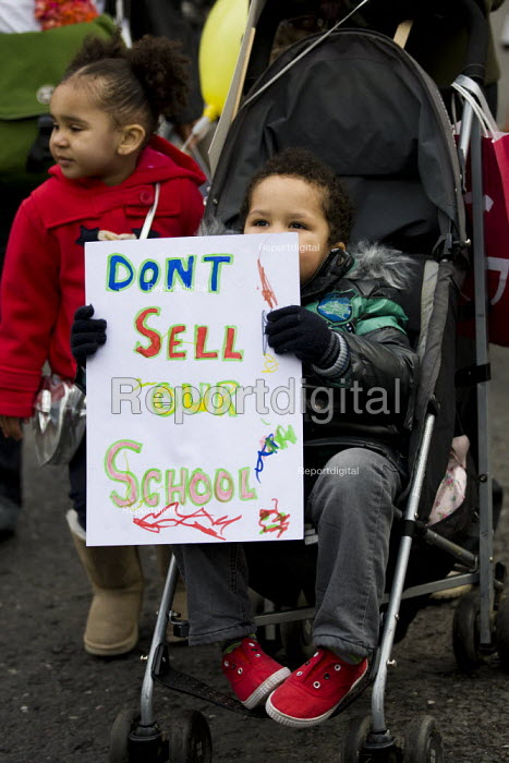 Haringey Save Our Schools demonstration, save our community schools, say no to privatisation, say no to forced acadamies. North London. - Jess Hurd - 2012-01-28