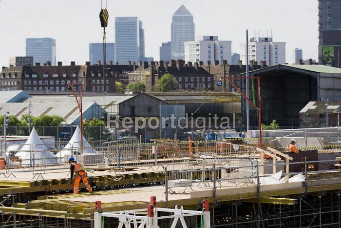 Olympic construction work. Pudding Mill Lane. Stratford, London. - Jess Hurd - 2012-04-30