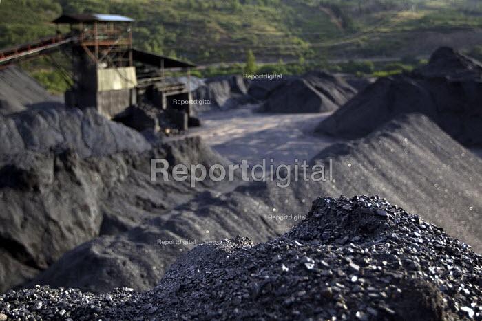 Coal mine in Castillias. Northern Spain. - Jess Hurd - 2012-06-18