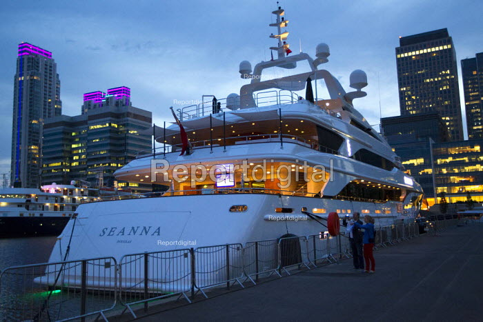 The Seanna, is one of the Super-yachts moored at Canary Wharf for the London 2012 Olympics. Tower Hamlets, East London. The Seanna is a 213-foot boat that is being chartered out to super-wealthy visitors for the Games and the duration of the summer for 294,000 a week. - Jess Hurd - 2012-08-11