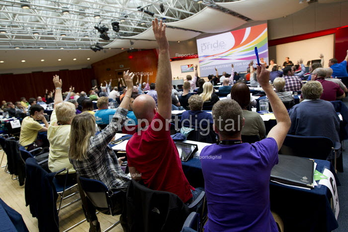 Trade union delegates vote at LGBT Conference, Congress House, London. - Jess Hurd - 2012-07-06
