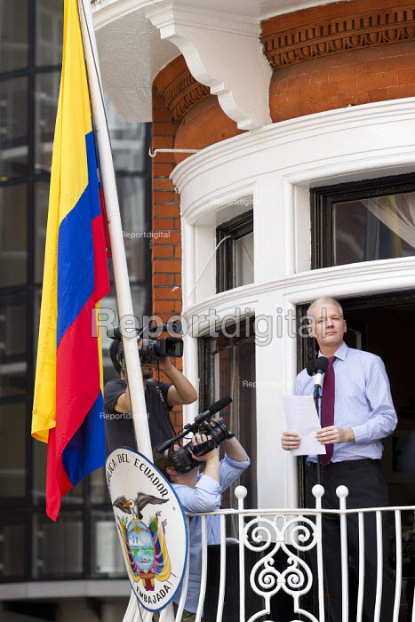 Demonstration outside the Republic of Ecuador Embassy in support of Julian Assange
