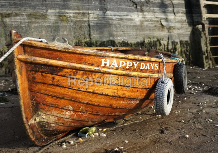 Happy Days fishing boat in Broadstairs Harbour, Kent. - Jess Hurd - 2012-09-15