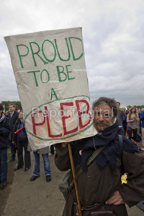 Proud to be a Pleb. A Future That Works. March and rally organised by the TUC to protest against the government austerity policies and to call for an alternative economic strategy that puts jobs, growth and people first. London. - Jess Hurd - 2012-10-20