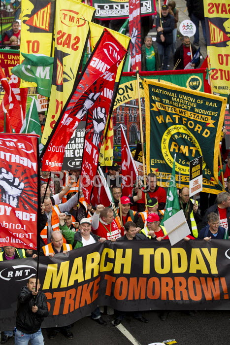 A Future That Works. March and rally organised by the TUC to protest against the government austerity policies and to call for an alternative economic strategy that puts jobs, growth and people first. London. - Jess Hurd - 2012-10-20
