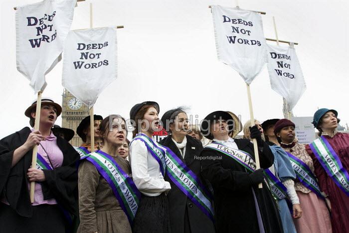 Suffragette leader Sylvia Pankhurst granddaughter, Dr Helen Pankhurst (centre) leads a UK Feminista lobby of Parliament, campaigning for gender equality. London. - Jess Hurd - 2012-10-24