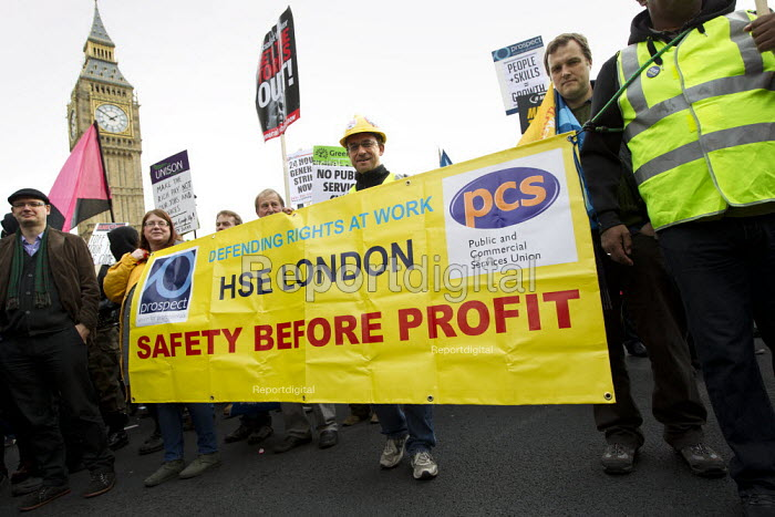 Joint Prospect and PCS HSE London banner. A Future That Works. March and rally organised by the TUC to protest against the government austerity policies and to call for an alternative economic strategy that puts jobs, growth and people first. London. - Jess Hurd - 2012-10-20