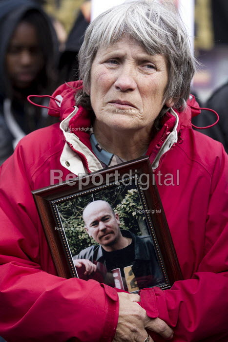 Jan Butler, mother of Lloyd Butler, her son died in police custody in Birmingham. United Families and Friends Campaign protest and rally against custody deaths and abuse. Whitehall, London. - Jess Hurd - 2012-10-27