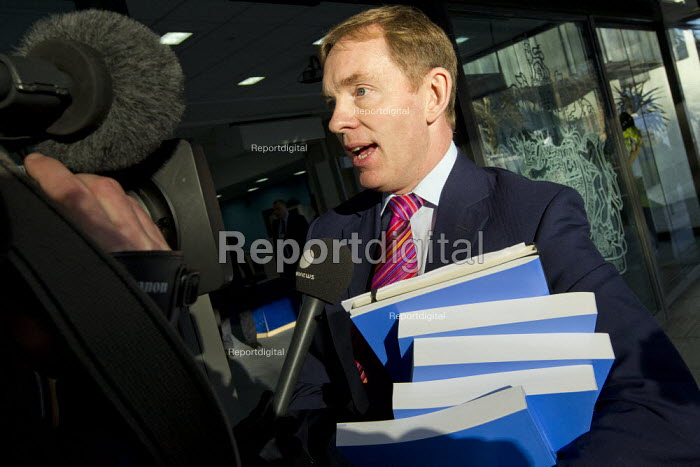 Chris Bryant MP. The final report of the Leveson Enquiry into media ethics is delivered by Lord Leveson. QEII Centre, London. - Jess Hurd - 2012-11-29