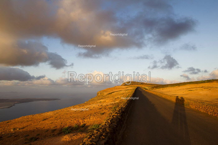 Scenic view from Orzola. Lanzarote, Canary Islands. - Jess Hurd - 2013-01-06