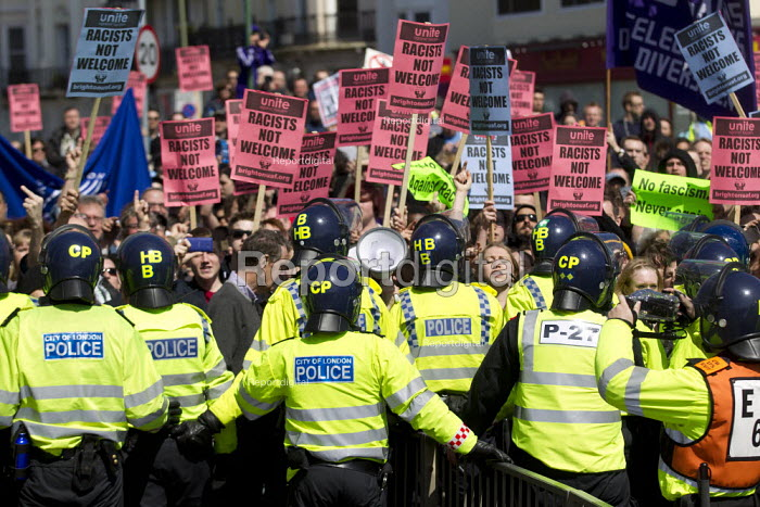 Anti fascist opposition to the March for England, Brighton. - Jess Hurd - 2013-04-21