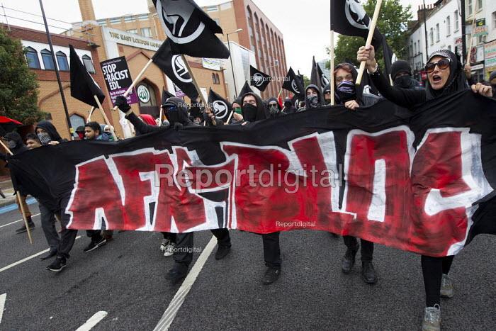 AFN Bloc. Protest against the English Defence League. Altab Ali Park, Tower Hamlets, East London. - Jess Hurd - 2013-09-07