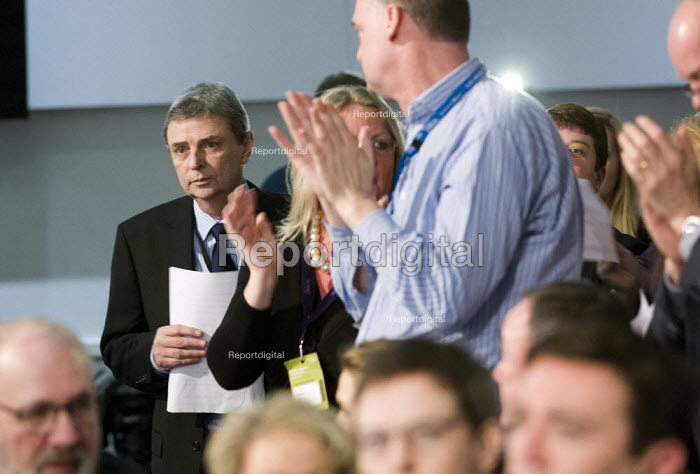 Dave Prentis Unison gets a standing ovation. Labour Party Special Conference on reform of its link to trade unions, ExCel Centre, London. - Jess Hurd - 2014-03-01
