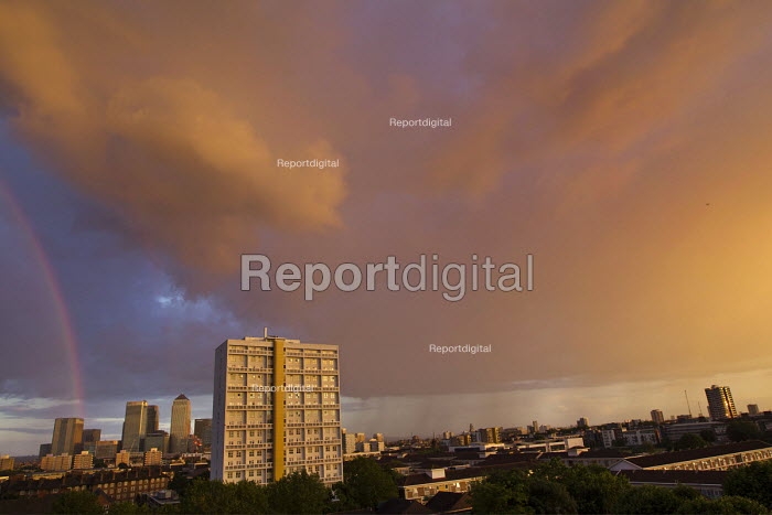 Sunset and rainbow over Canary Wharf financial and business district, London Docklands. - Jess Hurd - 2014-07-06
