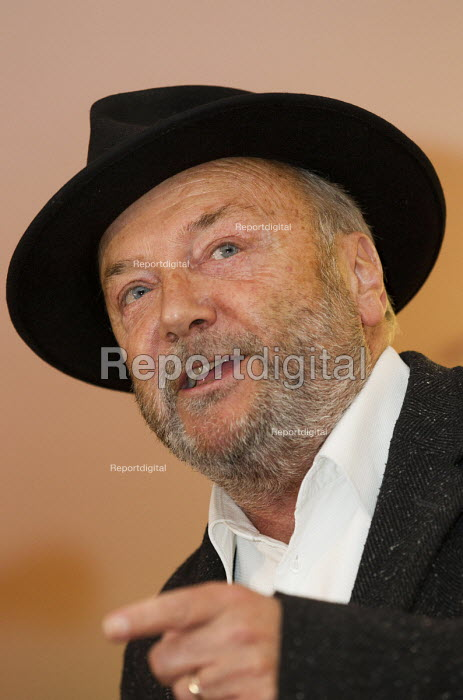 George Galloway MP. Supporters gather to defend Lutfur Rahman, Tower Hamlets Mayor, against financial allegations and smears from Eric Pickles MP. East London. - Jess Hurd - 2014-11-13