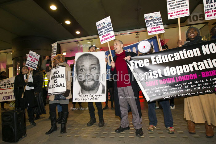 Protest over the killing of Jimmy Mubenga by G4S guards, G4S HQ. International Migrants Day. Westminster. London. - Jess Hurd - 2014-12-19