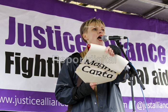 Maxine Peake. Defend the Magna Carta. Justice Alliance, Relay for Rights along the Thames from Runnymede, the birthplace of the Magna Carta to the Global Law Summit. Against cuts to legal aid. London. - Jess Hurd - 2015-02-23