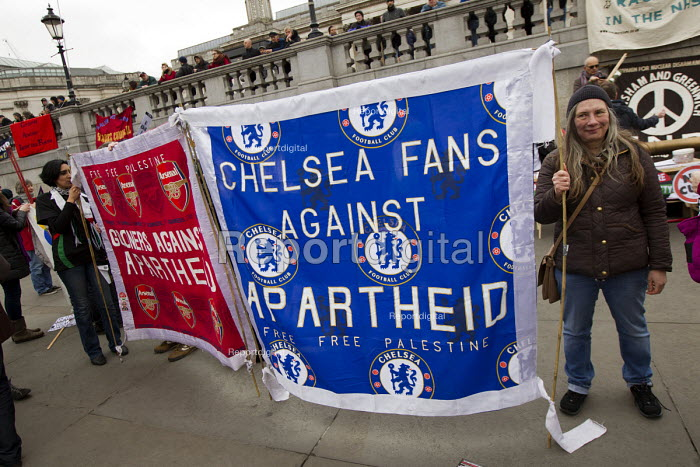 Chelsea fans against Apartheid, Football supporters pro Palestinian banner. Stand up to racism & fascism, national demonstration. London. - Jess Hurd - 2015-03-21