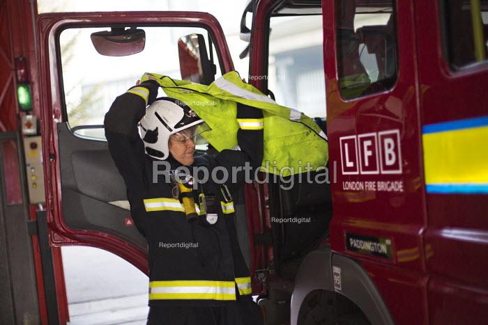 Paddington Fire Station. London. - Jess Hurd - 2015-03-17