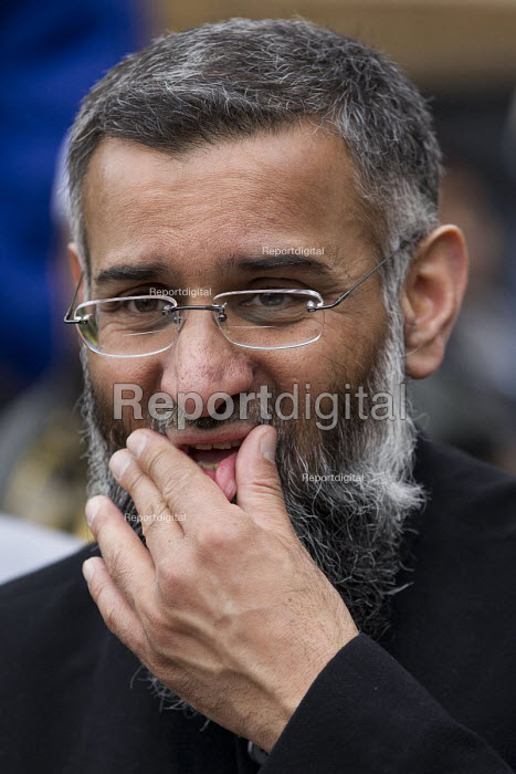 Anjem Choudary, whose group Islam4UK is urging Muslims not to vote in the election. Central London mosque. Regents Park. London. - Jess Hurd - 2015-04-03