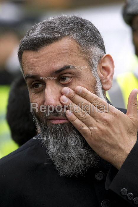 Anjem Choudary, whose group Islam4UK is urging Muslims not... - Jess Hurd, jj1504040.jpg