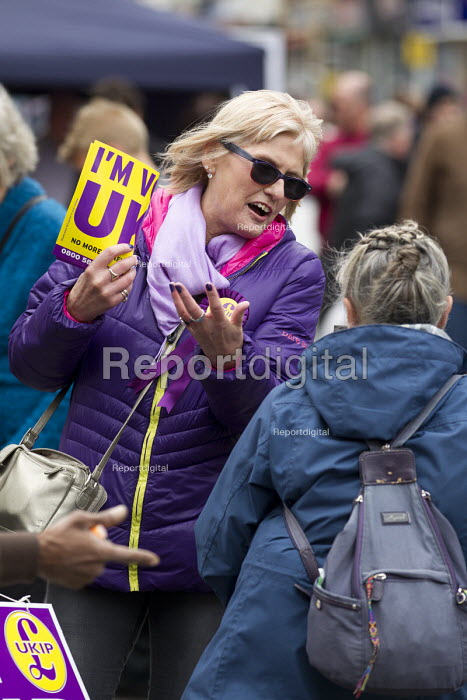 UKIP election campaigning for Nigel Farage. Thanet. - Jess Hurd - 2015-05-02