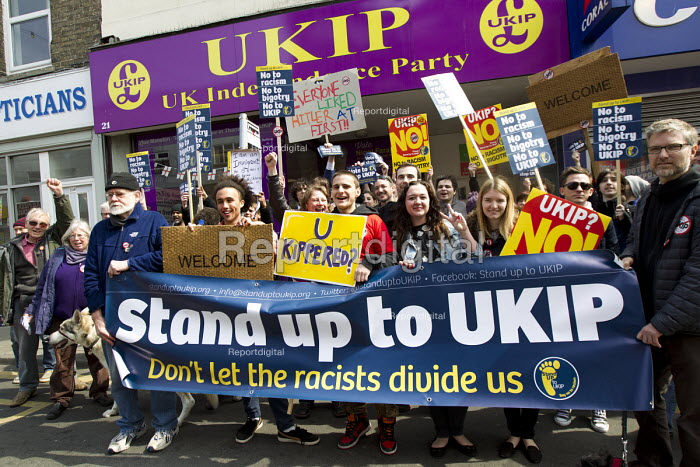 No to UKIP campaigners, against Nigel Farage outside their Ramsgate office. Thanet. - Jess Hurd - 2015-05-02