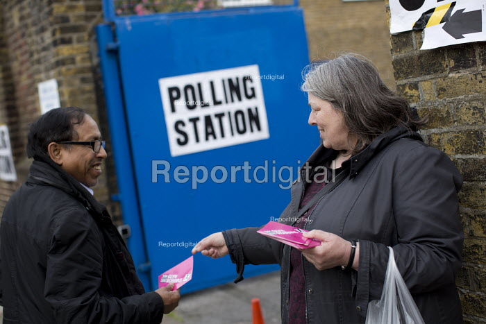 Glyn Roberts TUSC candidate supporters. General Election. Tower Hamlets Polling Station. East London. - Jess Hurd - 2015-05-07
