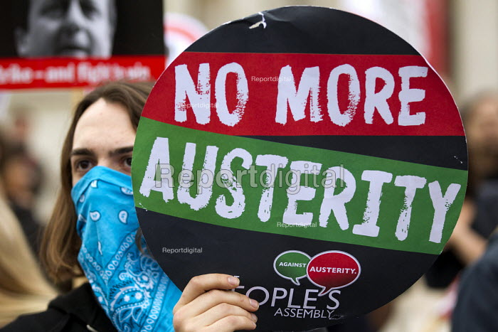 Anti austerity protests on the day of the Queens Speech and opening of Parliament. Trafalgar Square. London. - Jess Hurd - 2015-05-27